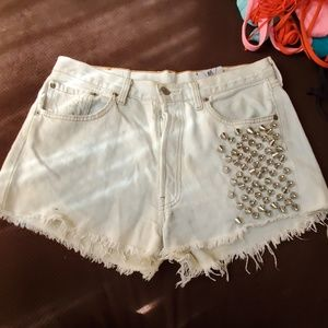 RP 4 LF Recycled Levis Spike Stud Shorts L…
